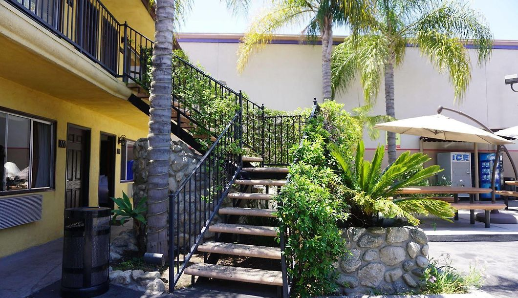 Casa Bella Inn Los Angeles - Downtown Los Angeles - Rates from $115